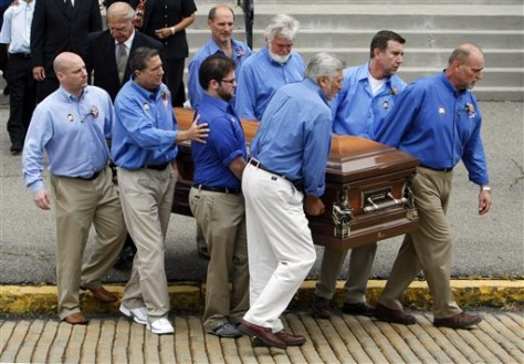 Funeral for Billy Mays draws hundreds - US news - Life ...