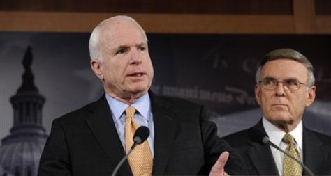 Image: Sens. John McCain,Byron Dorgan