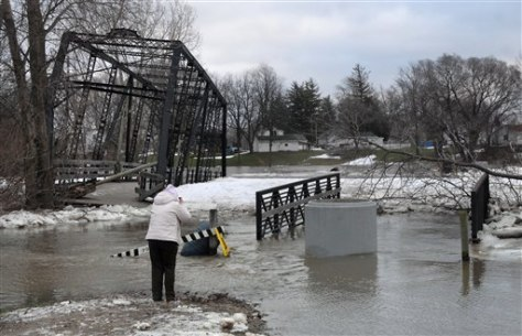Image: Historic bridge displaced by river