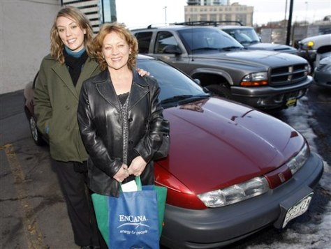 Image: Women who drove in emissions test