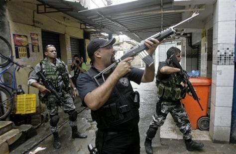 IMAGE: RIO POLICE ON PATROL