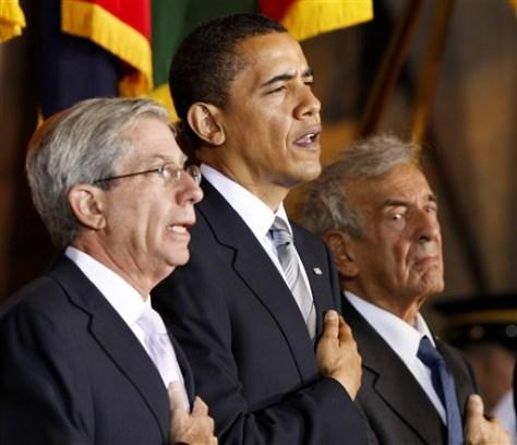 Image: Barack Obama, Fred Zeidman, Elie Wiesel.