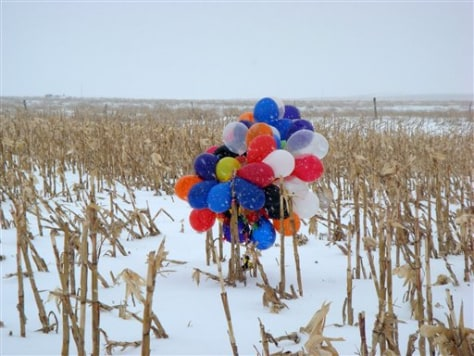 Image: Balloons honoring teacher