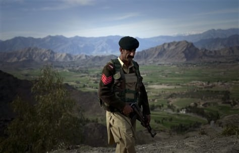 Image: Pakistan soldier in a remote tribal area