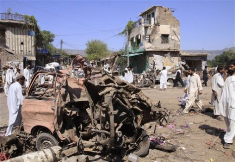 ImagE: Pakistan bombing
