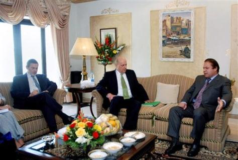 Image: Richard Boucher, John Negroponte, Nawaz Sharif