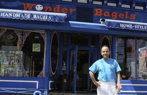 Wonder Bagels shop