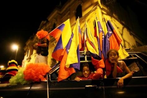 Image: Young Venezuelans