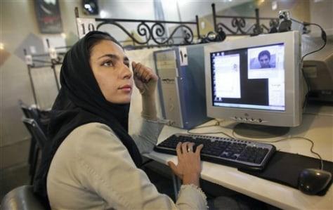 Image: Internet cafe in Tehran