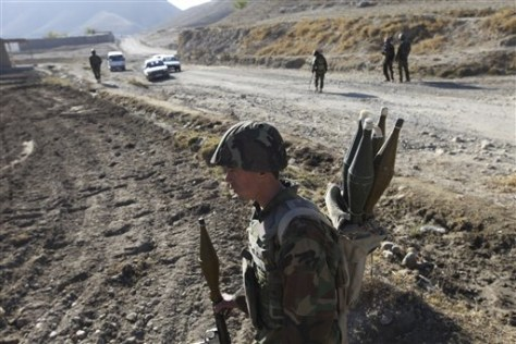 Image: Afghan soldiers on patrol