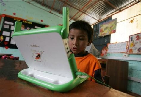"""Image: Peruvian child using """"XO"""" laptop"""