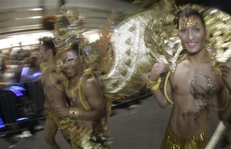 Image:Gay Mardi Gras marchers