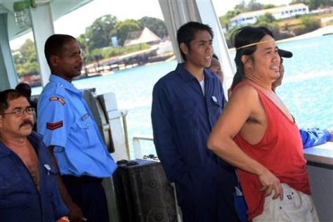 Image: Freed crew members