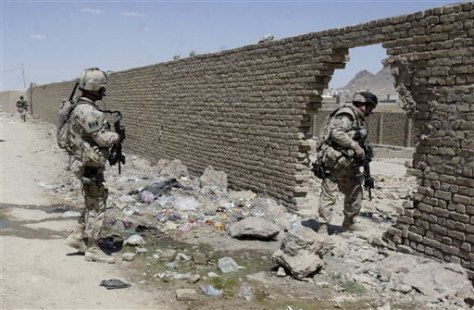 Image: Canadian soldiers on patrol in Afghanistan