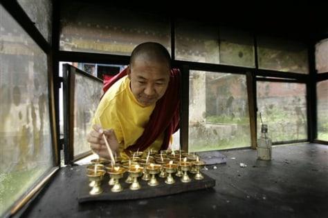 Image: Tibetan monk in Nepal