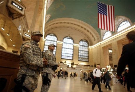 Image: Army National Guard soldiers at Grand Central Station