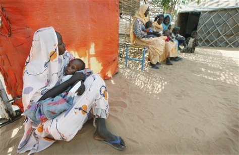 Image: Mideast Darfur women
