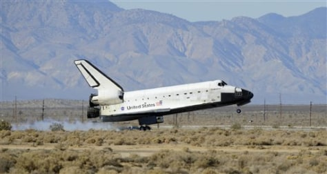 Image: Space shuttle lands