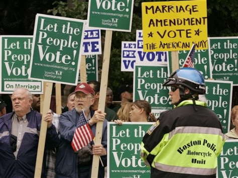Image: Gay marriage opponents