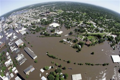 Image: Flooded Cedar Rapids, Iowa