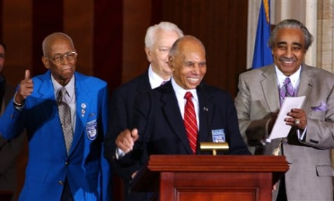 Image: Tuskegee Airmen ceremony