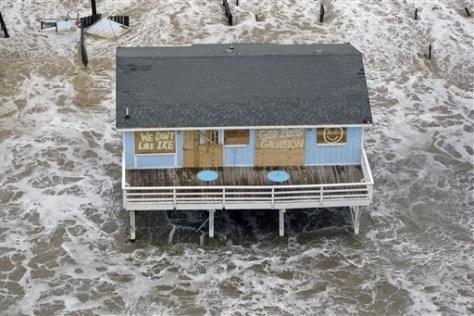 Image: Home await Hurricane Ike in Galveston