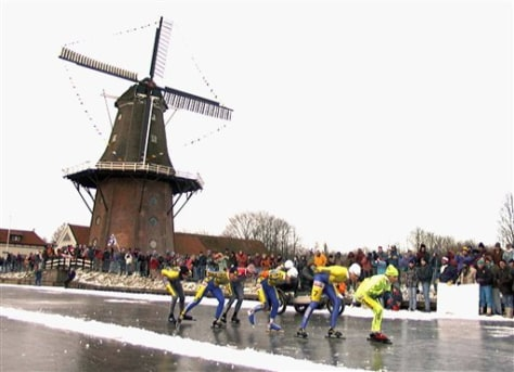 Image: Ice racers in Netherlands