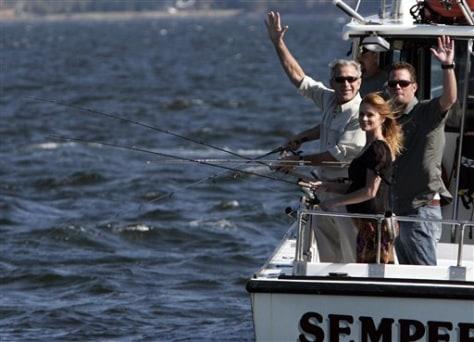 Image: Bush goes fishing