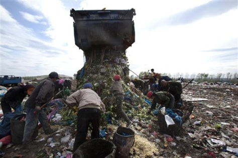 Image: Garbage landfill in Changchun, China