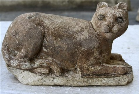 Image: Bastet statue