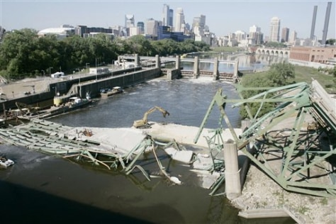 Image: Minn. bridge collapse