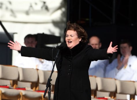 Susan Boyle fulfills her dream, sings for pope - today