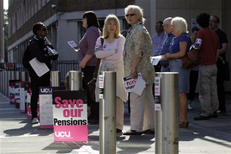 Image: College lecturers picket outside Croydon College in south London