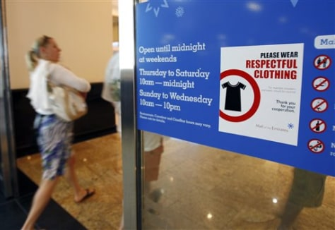 Image: 'Respectful clothing' sign at Dubai mall