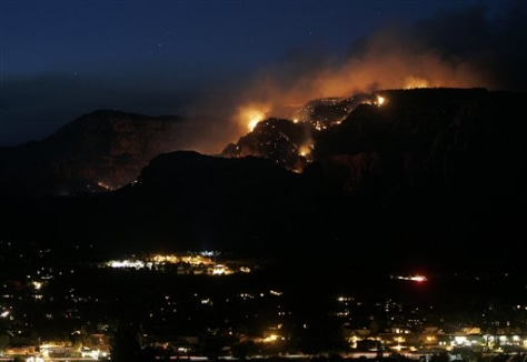 Image: Fire near Sedona