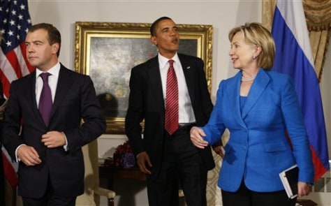 Image: Obama, Clinton and Medvedev