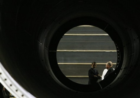 Image: Obama at wind turbine tower factory
