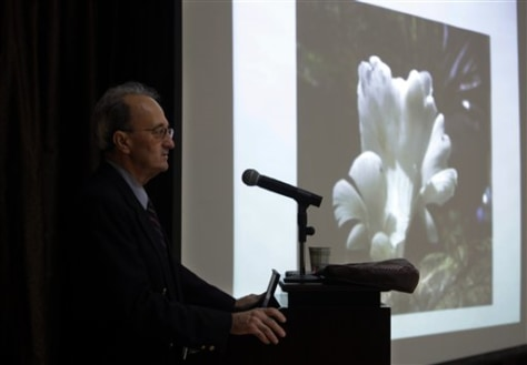 Image: CDC epidemiologist Robert Fontaine talks about the Trogia mushroom