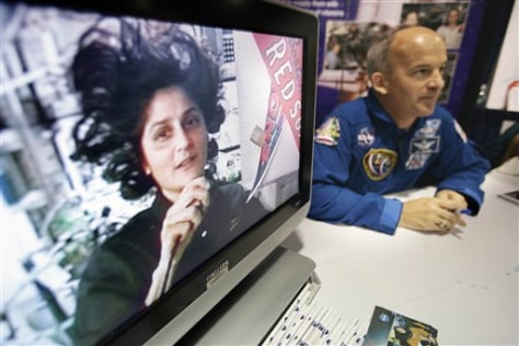 Image: Astronauts Suni Williams and Jeff Williams