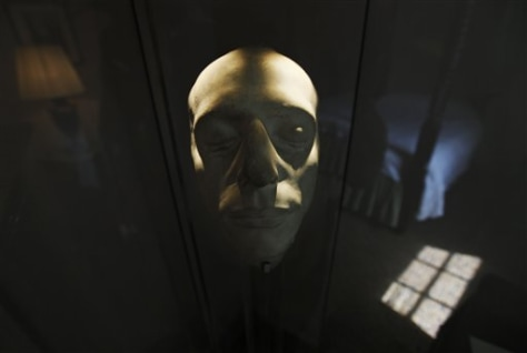 Image: Death mask, Britain Keats House