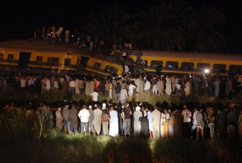 Image: Egyptians gather around crash site