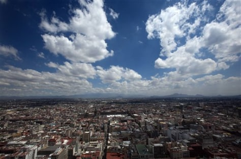 Image: Blue sky over Mexico City