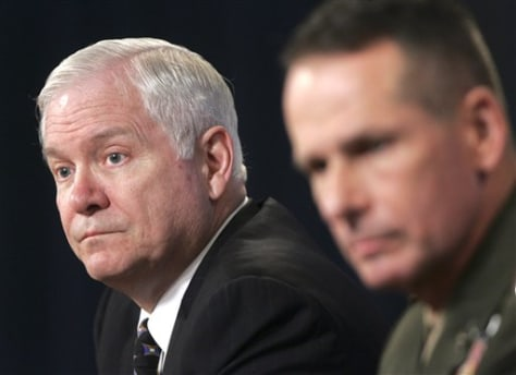 Def. Sec. Robert Gates and Gen. Peter Pace