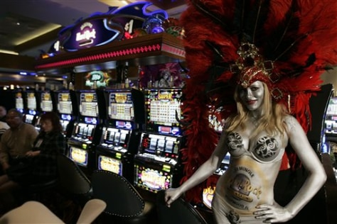 Image: Showgirl with slot machines.