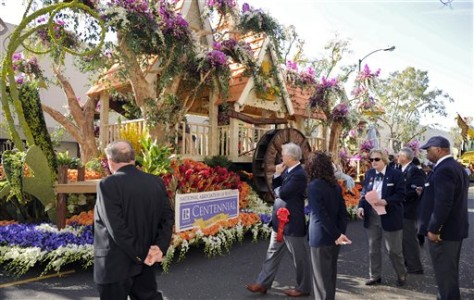 Image: Realtors' float in Rose Parade