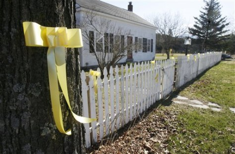 Image: Ribbons line the fence of Capt. Richard Phillips' home