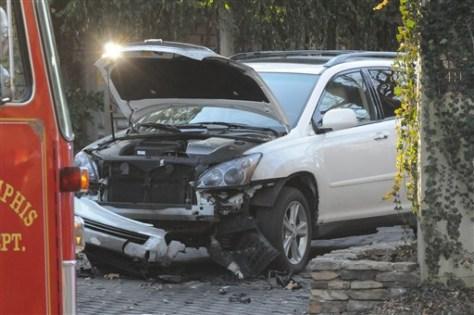 Image: Damaged car