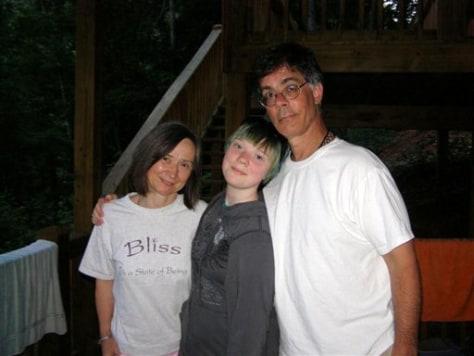 Image: Alan, Naomi and Kia Scherr