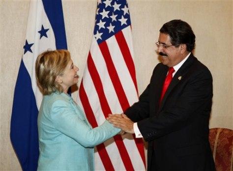 Image: Sec.of State Hillary Clinton, Honduras President Manuel Zelaya