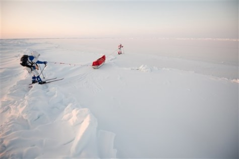 Image: Explorers on Arctic ice